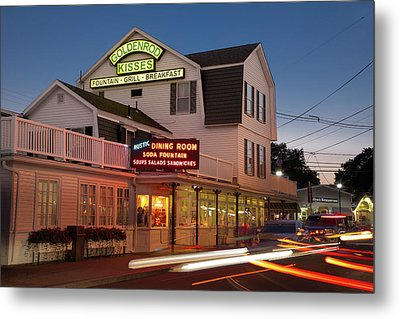 Goldenrod Kisses Luncheonette York Beach Maine Metal Print