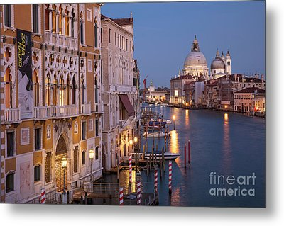 Metal Print featuring the photograph Grand Canal Twilight by Brian Jannsen