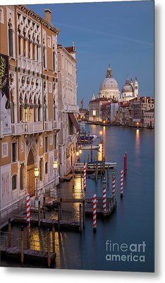 Metal Print featuring the photograph Grand Canal Twilight II by Brian Jannsen