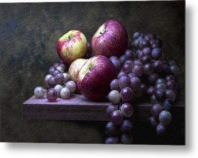 Grapes With Apples Metal Print by Tom Mc Nemar