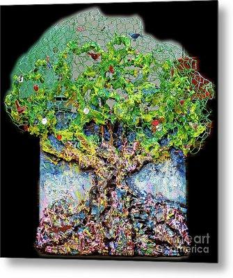 Green Tree With Birds Metal Print