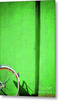 Metal Print featuring the photograph Green Wall And Bicycle Wheel by Silvia Ganora