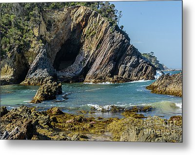 Metal Print featuring the photograph Guerilla Bay 4 by Werner Padarin