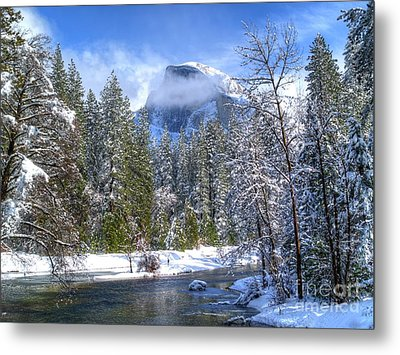 Half Dome And The Merced River Metal Print by Bill Gallagher
