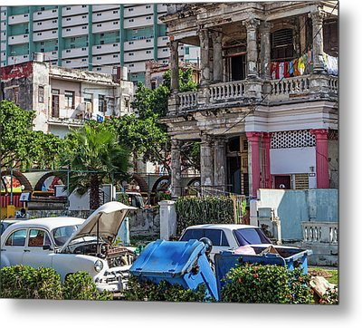 Metal Print featuring the photograph Havana Cuba by Charles Harden