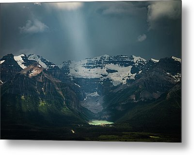 Metal Print featuring the photograph Heavenly Lake Louise by William Lee