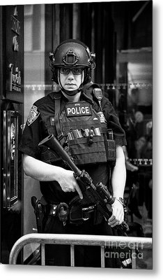 heavily armed nypd protective security detail outside trump tower manhattan New York City USA Metal Print