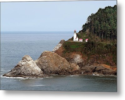 Heceta Head Lighthouse - Oregon's Scenic Pacific Coast Viewpoint Metal Print