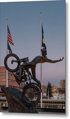 Metal Print featuring the photograph Hill Climber Catches The Moon by Randy Scherkenbach