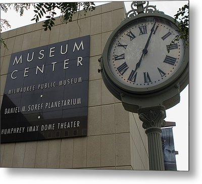Metal Print featuring the photograph Historic Clock Keeps Time With Milwaukee Public Museum by Peter Skiba