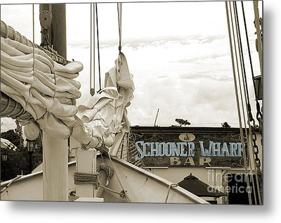 Home On The Wharf-blue-original Metal Print