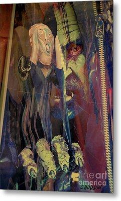 horror fantasy art - The Green Scream Metal Print by Sharon Hudson