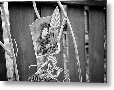 In Memory Of Metal Print by Jeanette O'Toole