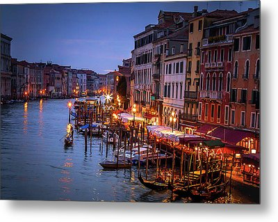 Metal Print featuring the photograph In The Light by Andrew Soundarajan