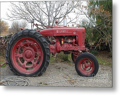 International Harvester Mccormick Farmall Farm Tractor . 7d10320 Metal Print by Wingsdomain Art and Photography