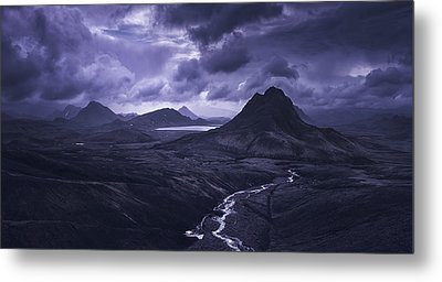 Into The Highlands Metal Print by Tor-Ivar Naess