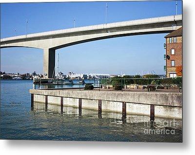 Itchen Bridge Southampton Metal Print by Terri Waters