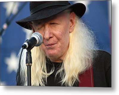 Johnny Winter Metal Print by Mike Martin
