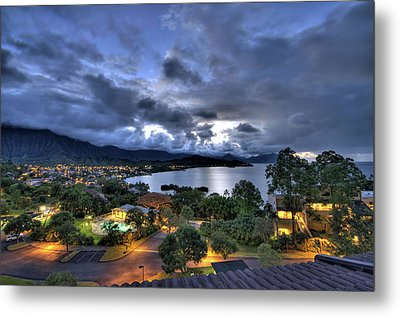 Kaneohe Bay Night Hdr Metal Print by Dan McManus