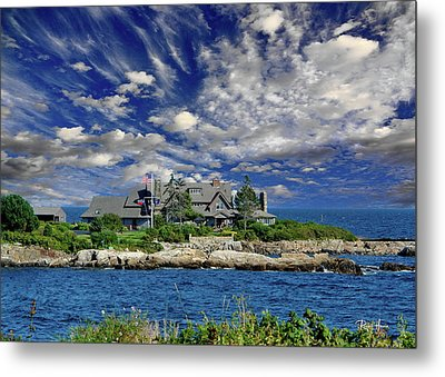 Kennebunkport, Maine - Walker's Point Metal Print by Russ Harris