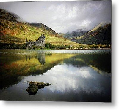 Kilchurn Castle Loch Awe Metal Print by Kennethbarker