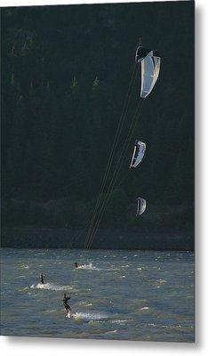 Kiteboarding On The Columbia River Metal Print by Skip Brown