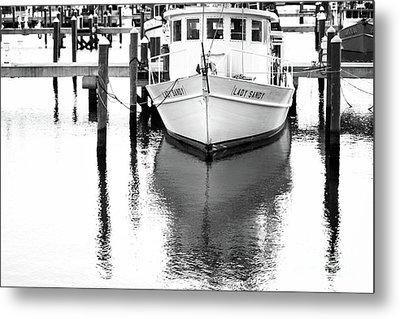 Lady Sandy Boat Metal Print