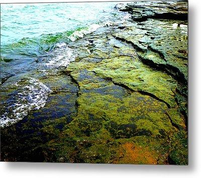 Lake Erie Flat Rocks  Metal Print by Beth Akerman