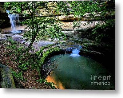 Lasalle Canyon Falls Metal Print by Matthew Winn