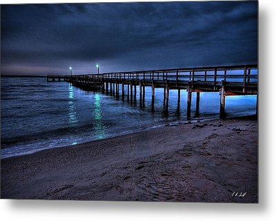 Lights At The End Of The Pier Metal Print by E R Smith