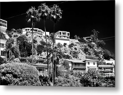 Living In The Hills Metal Print by John Rizzuto