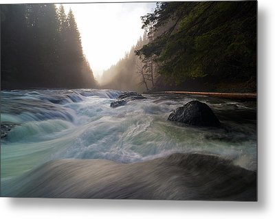 Lower Lewis River Falls During Sunset Metal Print by David Gn
