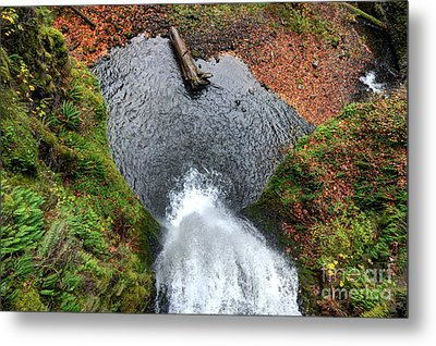 Metal Print featuring the photograph Lower Multnomah Falls From Benson Bridge - Columbia Gorge by Gary Whitton