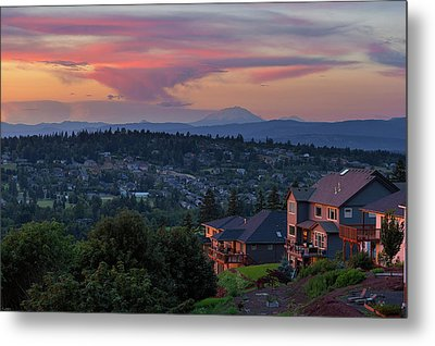 Luxury Homes In Happy Valley Oregon Metal Print by David Gn