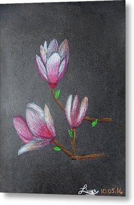 Magnolia Metal Print by Linnea Moshkovitz