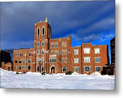 Maine Criminal Justice Academy In Snow Metal Print by Olivier Le Queinec