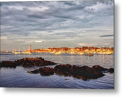 Metal Print featuring the photograph Marblehead Neck From Fort Beach by Jeff Folger