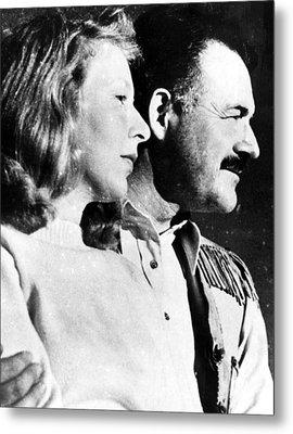 Martha Gellhorn And Ernest Hemingway Metal Print by Everett