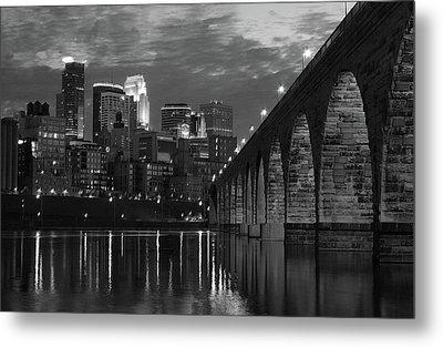 Minneapolis Stone Arch Bridge Bw Metal Print