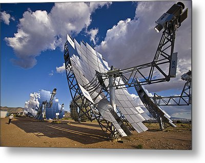 Mirror Arrays Concentrate Light Making Metal Print