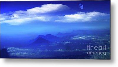 Misty Mountains Of San Salvador Panorama Metal Print