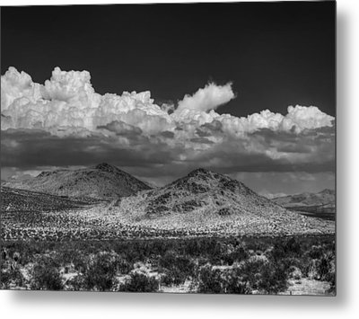 Metal Print featuring the photograph Mojave 020 Bw by Lance Vaughn