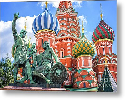 Metal Print featuring the photograph Monument To Minin And Pozharsky by Delphimages Photo Creations