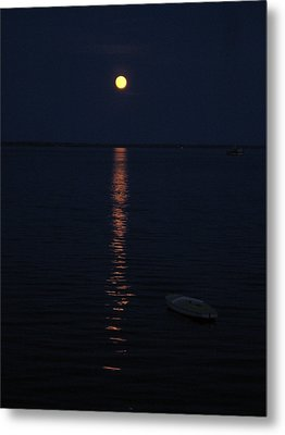 Moon At Province Town Metal Print by Oscar Rodriguez