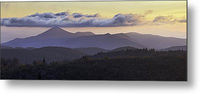 Morning On The Blue Ridge Parkway Metal Print by Rob Travis