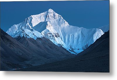 Metal Print featuring the photograph Mount Everest At Blue Hour, Rongbuk, 2007 by Hitendra SINKAR