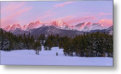 Metal Print featuring the pyrography Mummy Range Winter Sunrise by Aaron Spong