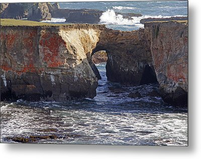 Natural Bridge At Point Arena Metal Print