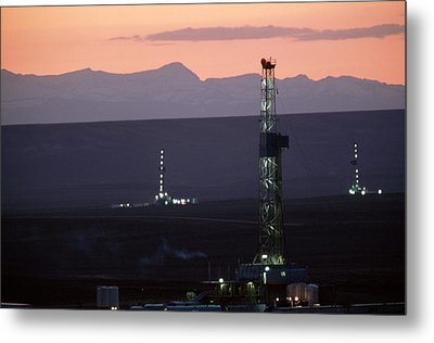 Natural Gas Drilling Rigs Dot Metal Print by Joel Sartore