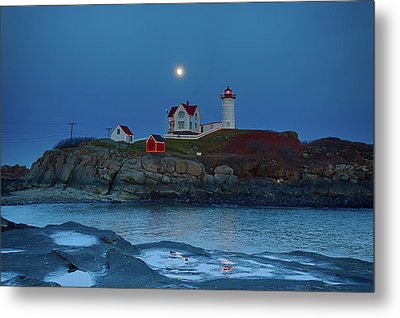 Metal Print featuring the photograph Nubble Lighthouse Lit For Christmas by Jeff Folger